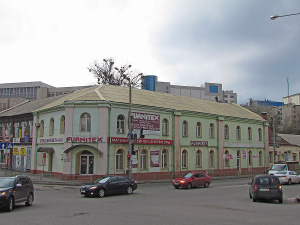 Полиция ищет бомбу на Маршала Бажанова (дополнено)