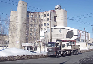 Жизнь Харькова — зимний проспект Любови Малой (Постышева)