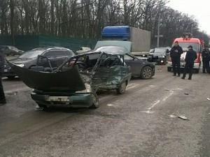 ДТП на Белгородском Шоссе: есть погибшие и раненые (ФОТО)