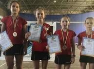 Юные бадминтонистки из Харькова завоевали золото чемпионата Украины