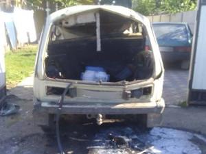 Покушение на убийство: под Харьковом взорвалась машина с человеком внутри