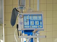"""Организаторы проекта """"Классическая Феерия"""" передали больнице аппарат искусственного дыхания для детей"""