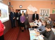 Обновление материально-технической базы Нововодолажского УВК продолжится в 2018 году - Светличная