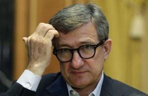Отфутболили Таруту, как харьковские активисты встретили бывшего губернатора Донецкой области