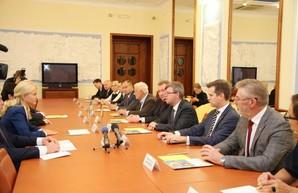 Светличная провела рабочую встречу с Послом Литовской Республики в Украине