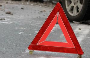 На окраине Харькова в ДТП попал рейсовый автобус, есть пострадавшие (ФОТО)