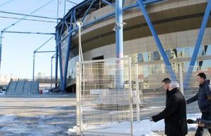 Кучер заставил Курченко вернуть области имущество «Металлиста»