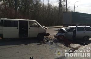 В ДТП на Баварии погибли два человека (ФОТО)