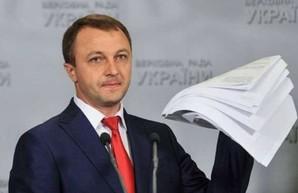 Креминь направил жалобы в Нацсовет относительно трех телеканалов