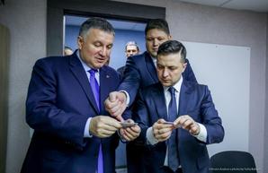 Ради увольнения Авакова Зеленский готов отправить в отставку весь Кабмин – СМИ