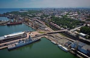 Зеленский сегодня подписывает договор о передаче флоту Украины двух британских тральщиков