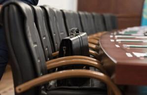 Украинцы могут получить право отозвать чиновника с должности