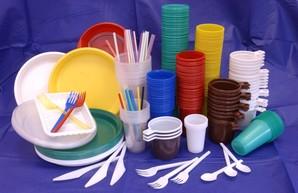 В Украине намерены запретить одноразовую посуду