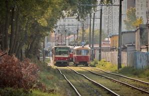 В Киеве закрывают на ремонт важнейшую линию трамвая на Левом берегу (ВИДЕО)