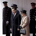 Скандал: Саркози оскорбил королеву Великобритании