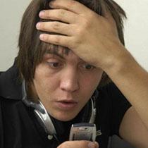 Украинские мобильные операторы взвинтили цены на роуминг