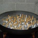 Милиция начала штрафовать за курение в общественных местах