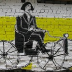 Гоголь ест гоголь-моголь на улице Гоголя