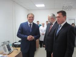 Владимир Семиноженко привез харьковским медикам новое оборудование
