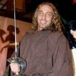 Тарзан обиделся и ушел в монахи