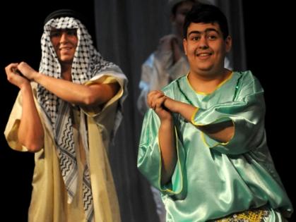 Восток – дело тонкое! На сцене ТЮЗа с аншлагом прошла премьера спектакля «Волшебная лампа Аладдина»