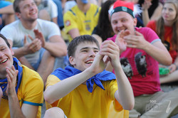 Харьков празднует победу сборной Украины