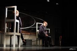 Фестиваль Театроник начался с импровизированного концерта и спектакля театра 19