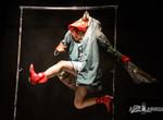 Сюрреалистический израильский спектакль о «женщине, которая не хотела спускаться на землю» продолжил «Театроник»