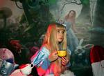 В Харькове Алису отправили в Страну новогодних чудес