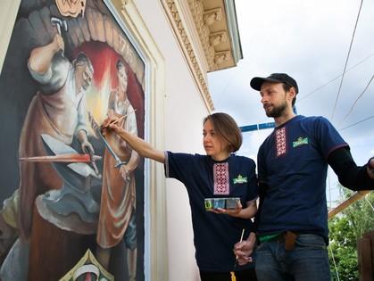 Во Львове создали арт-галерею под открытым небом «Окна в прошлое»