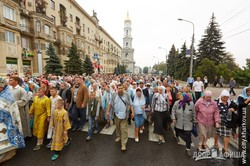 Харькове прошел крестный ход, посвященный празднику Успения Пресвятой Богородицы