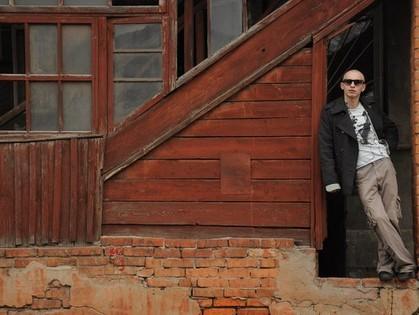 «Когда я пишу, я играю в бога», - анархожурналист и писатель Илья Крапивной