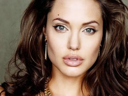 Харьковчане всю ночь будут смотреть фильмы с Анджелиной Джоли