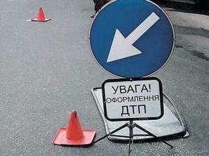 На проспекте Гагарина трамвай столкнулся с иномаркой (ВИДЕО)
