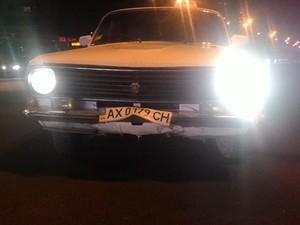Такси сбило двух пешеходов (фото)