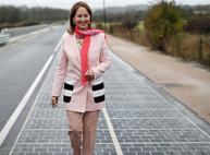 Дорогу с солнечными батареями сдали в эксплуатацию