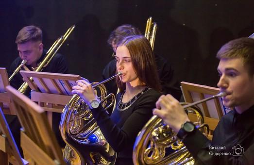 Молодежный академический симфонический оркестр «Слобожанский» и Максим Розенфельд повторят резонансный концерт