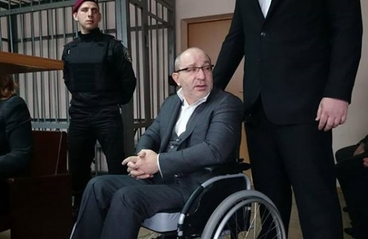 Сегодня Киевский суд Полтавы закрыл дело Кернеса