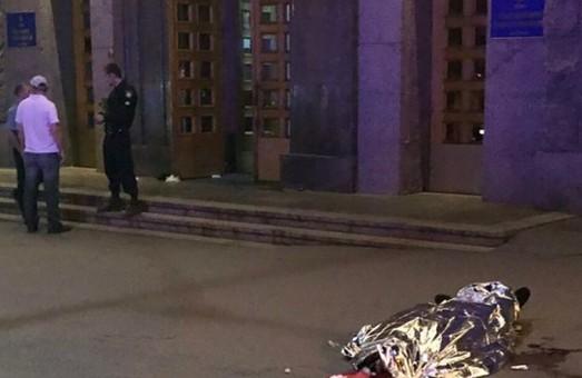 Что известно о нападении на горсовет Харькова: Геращенко опубликовал фото стрелка