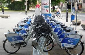 Харьковчан хотят пересадить на велосипеды