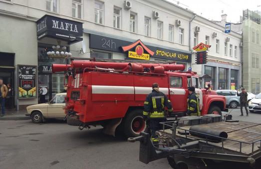 Полиция ищет взрывчатку в центре Харькова (Дополнено)