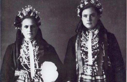 В Харькове презентуют альбом, посвященный традиционной одежде Слобожанщины