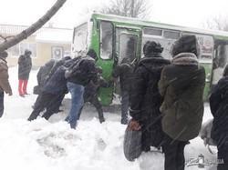 Харьков замело снегом (ФОТО)