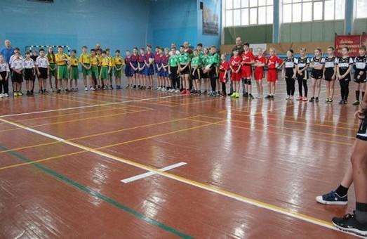 В Харькове определили победителя новогоднего турнира школьной регбийной лиги