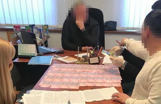 В Харькове СБУ разоблачила на взятке чиновника горсовета (ФОТО)