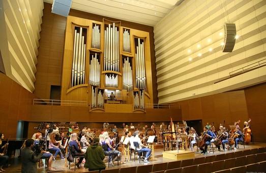 Работы по реконструкции Харьковской областной филармонии вышли на финишную прямую