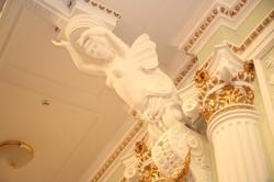 Порошенко и Светличная посетили первый концерт в обновленном зале областной филармонии