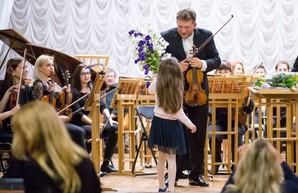 Подружил Чайковский: известнейшие музыканты из  Харькова  выступят на одной сцене