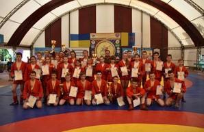 Юные харьковские самбисты завоевали медали чемпионата Украины