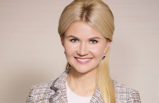 Юлия Светличная отмечает 35-летие